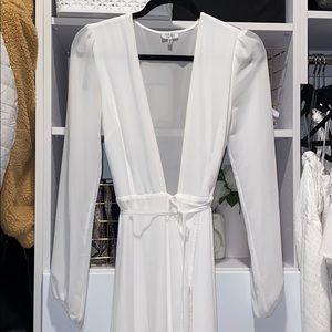 Size Small Tobi white gown